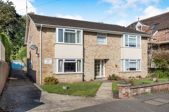 Thumbnail Flat for sale in Woodsland Road, Hassocks