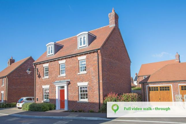 Thumbnail Town house for sale in Hillrick Crescent, Yeovil