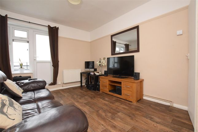 Thumbnail Flat to rent in Dartfields, Harold Hill, Romford