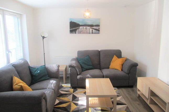 2 bed flat to rent in St. Josephs Court, Dundee DD1
