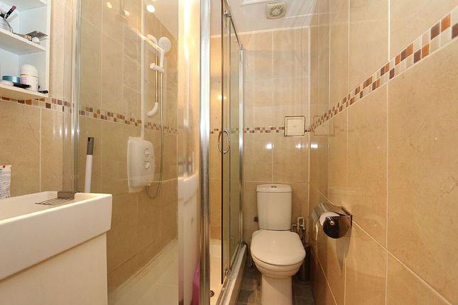 Shower Room of Warwick Avenue, England, London, London W9