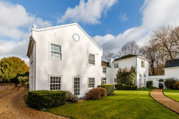 Thumbnail Flat for sale in Church Road, Windsor