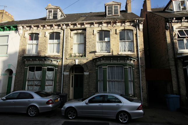Thumbnail Semi-detached house for sale in Hutt Street, Hull, North Humberside