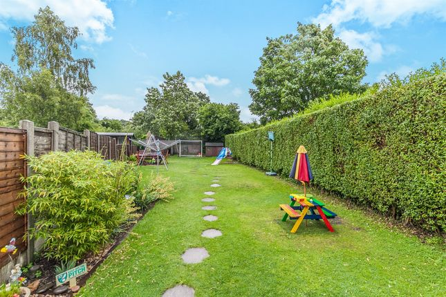 Thumbnail Semi-detached house for sale in Parsons Heath, Colchester