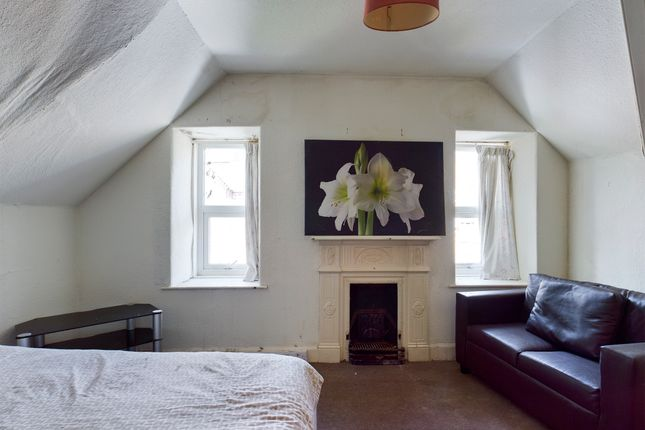 Thumbnail Flat for sale in Friars Vennel, Dumfries