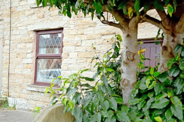 2 bed cottage for sale in Whalley Road, Clayton Le Moors, Accrington BB5