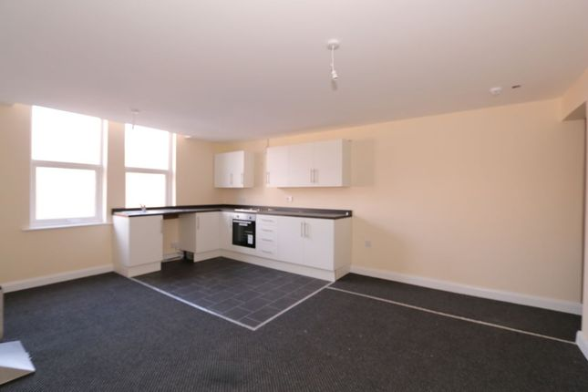 Thumbnail Flat to rent in Crown Street, Denton, Manchester
