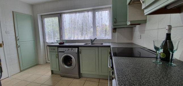 Kitchen of Battleswick, Basildon SS14