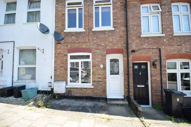 2 bed terraced house to rent in Kings Road, Farnborough, Orpington BR6