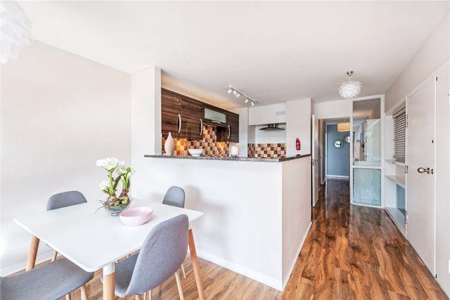 Picture No. 36 of Defoe House, Barbican, London EC2Y