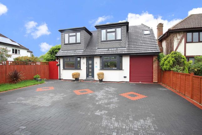 5 bed detached house to rent in The Crescent, Earley RG6