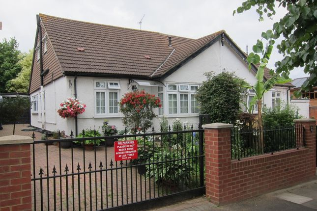 Thumbnail Semi-detached bungalow for sale in Eastmead Avenue, Greenford