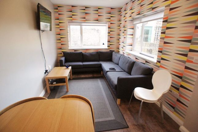 Thumbnail Terraced house to rent in Lisvane Street, Cathays, Cardiff