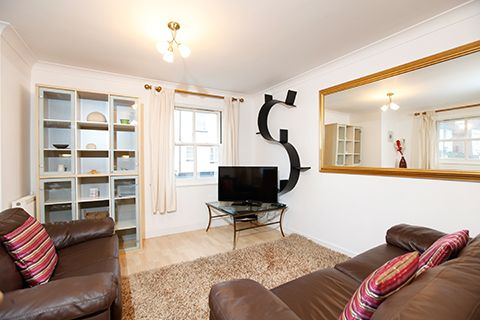 Thumbnail Flat to rent in Serviced Apartment 'short Term' Let, Leamington Spa 1Ep, Leamington Spa Short Term Let