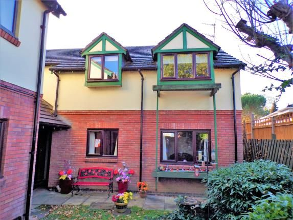 Thumbnail Flat for sale in St James Court, Birstall, Leicester