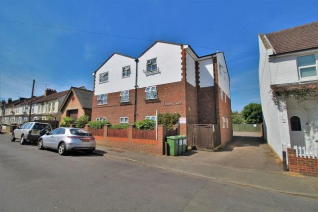 Thumbnail Flat to rent in 16A Chandler Road, Bexhill-On-Sea