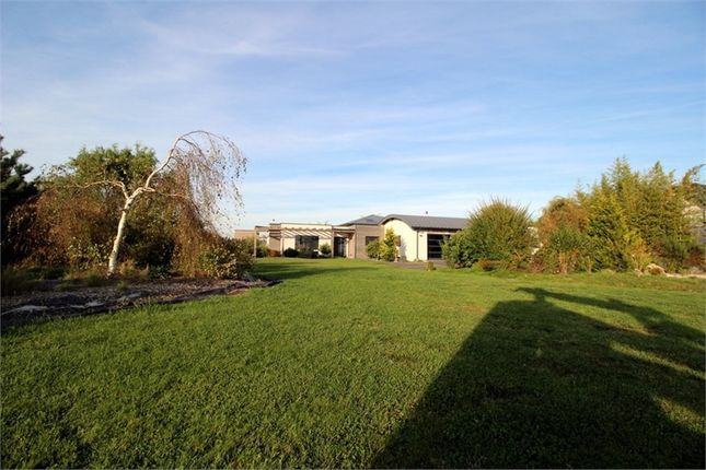 Thumbnail Property for sale in Lorraine, Moselle, Sarrebourg
