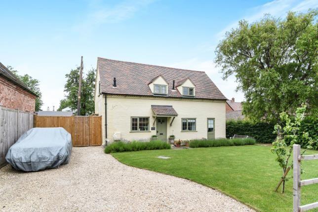 Thumbnail Cottage for sale in Bretforton Road, Honeybourne, Evesham, Worcestershire