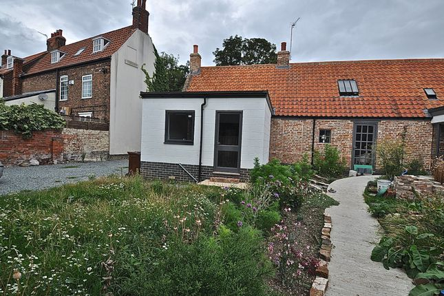 Thumbnail Semi-detached house for sale in Lowgate, Hull, East Riding Of Yorkshire