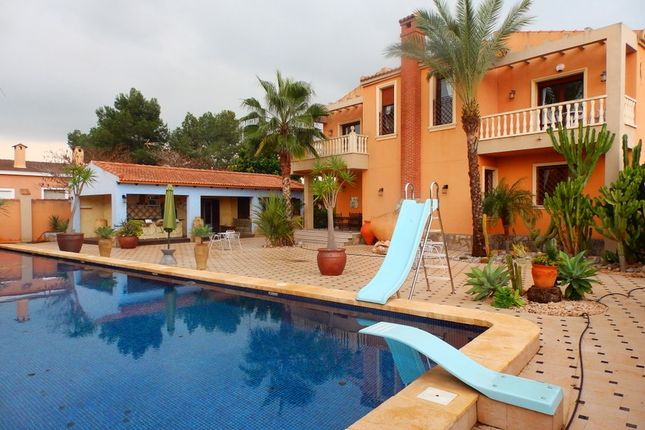 Thumbnail Villa for sale in La Marina, Alicante, Spain