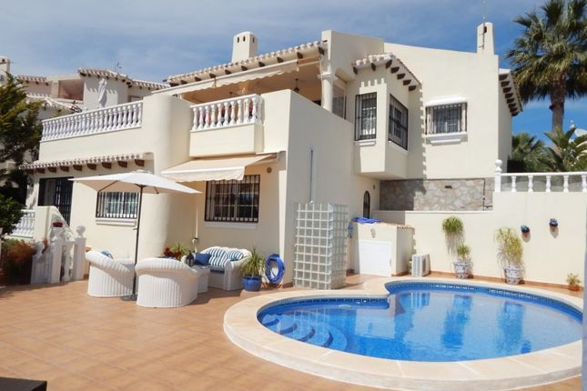 Thumbnail Villa for sale in Calle Oliva, 20, 03189 Orihuela, Alicante, Spain