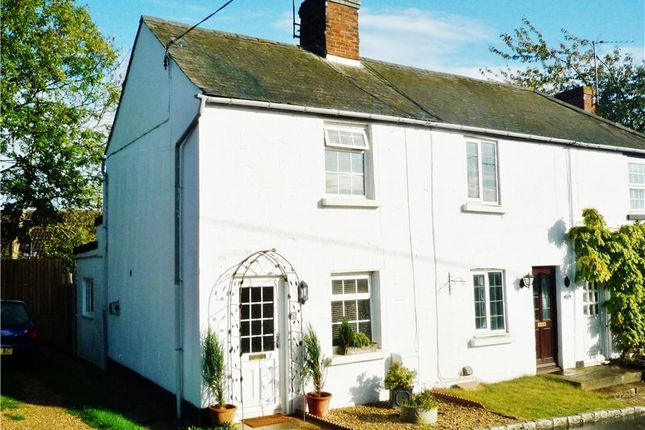 2 bed cottage to rent in Water Stratford Road, Tingewick, Buckingham