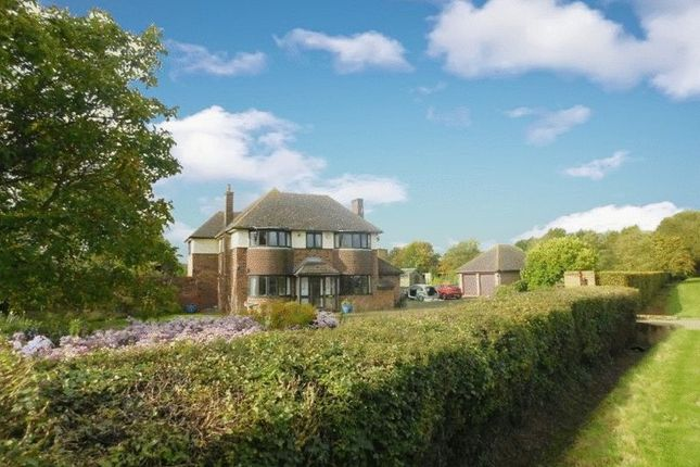 Thumbnail Detached house for sale in Thorncote Farm, Hatch