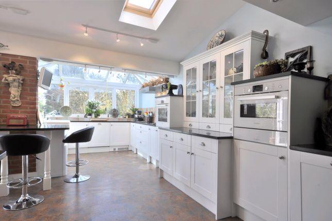 Thumbnail Property to rent in Salisbury Road, Marlborough