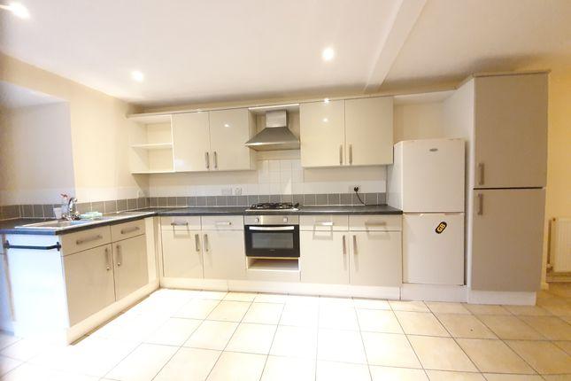 Kitchen Area of Daniel Hill Mews, Sheffield S6