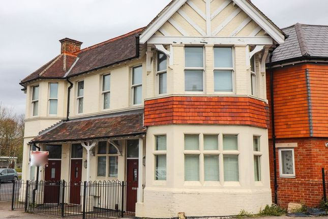 2 bed terraced house to rent in Romsey Road, Shirley, Southampton