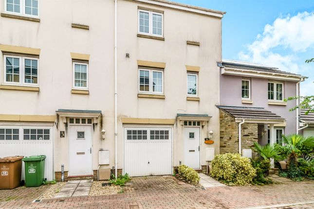 Thumbnail Terraced house for sale in Junction Gardens, Plymouth