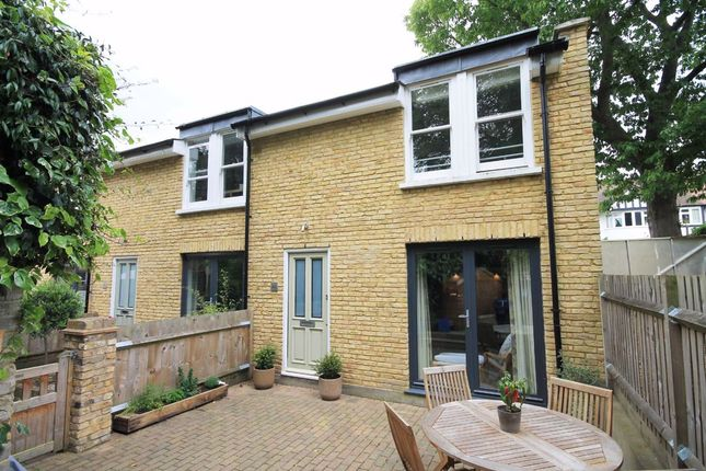 2 bed semi-detached house to rent in Sandycoombe Road, Twickenham TW1