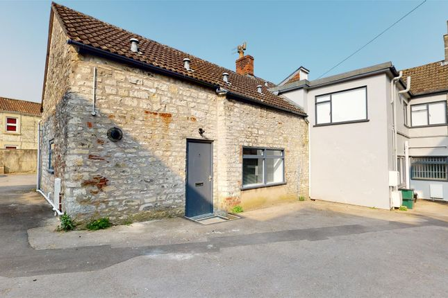 1 bed flat to rent in The Island, Midsomer Norton, Radstock BA3