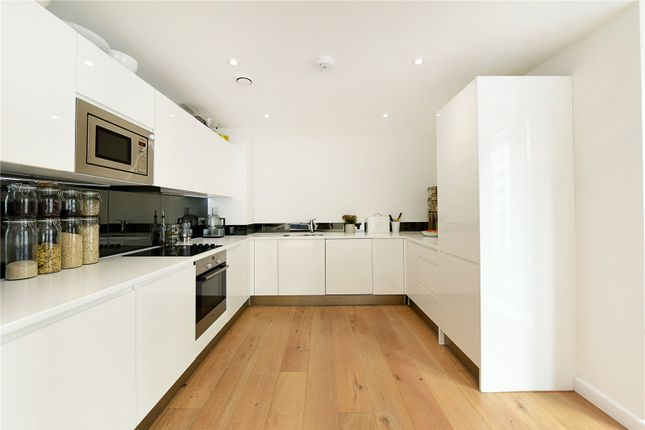 Kitchen of Drew House, 21 Wharf Street, London SE8