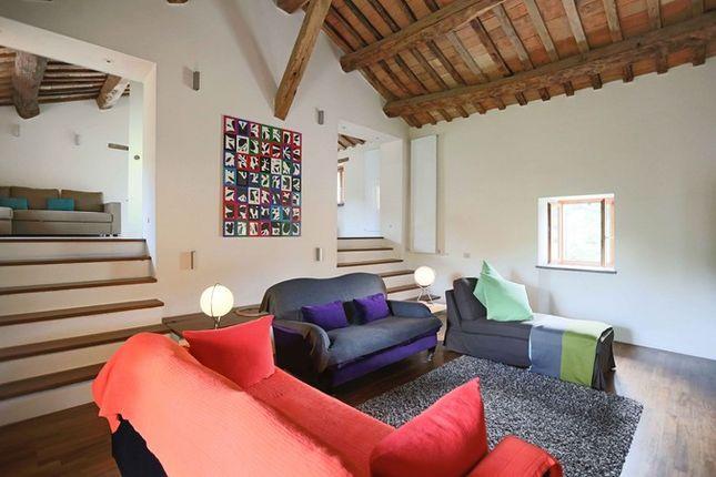 Poderetto Gubbio Sitting Room 2