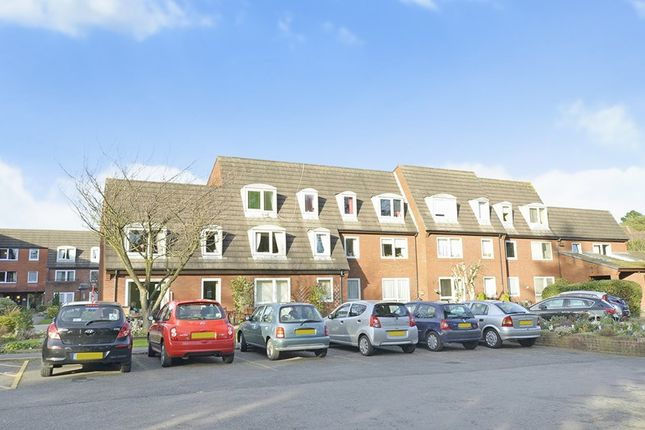 Thumbnail Flat to rent in Homelands House, 535 Ringwood Road, Ferndown, Dorset