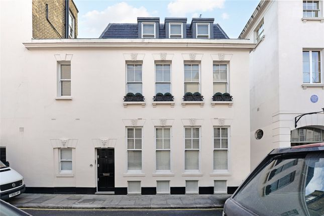 Thumbnail End terrace house for sale in Gerald Road, Belgravia, London