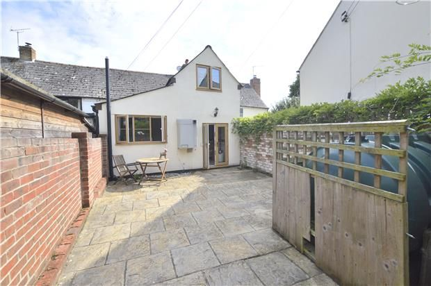 Thumbnail Cottage for sale in Chaceley, Gloucestershire