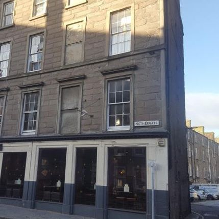 Thumbnail Flat to rent in Nethergate, Dundee