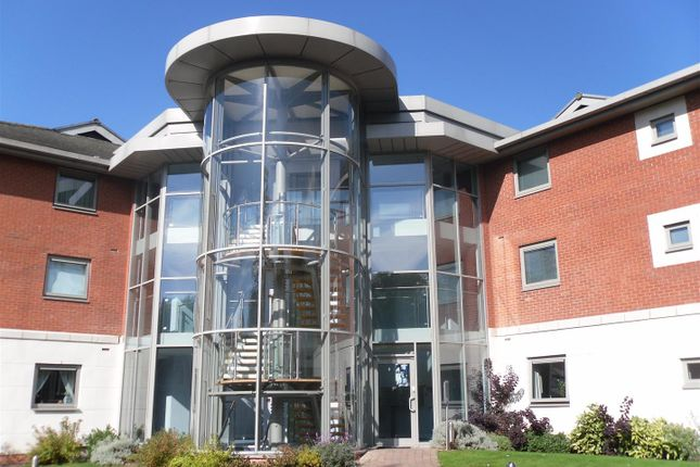 2 bed flat to rent in Pinnacle House, Evesham Road, Redditch B97