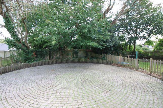 Garden of Peartree Avenue, Southampton SO19
