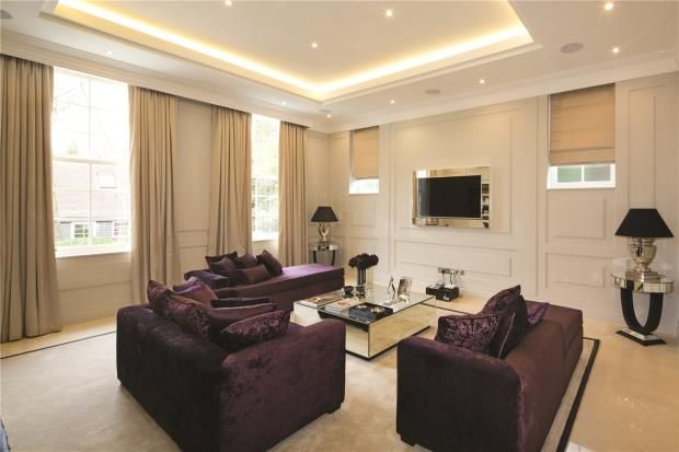 Reception of Fairways, 15 White Lodge Close, Hampstead N2