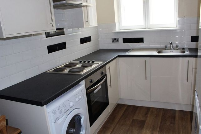 1 bed terraced house to rent in Westgate, Huddersfield