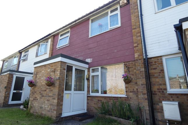 3 bed terraced house for sale in Glebe Close, Thetford IP24