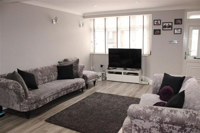 Thumbnail Terraced house for sale in Highfield Road, Woodford Green, Essex
