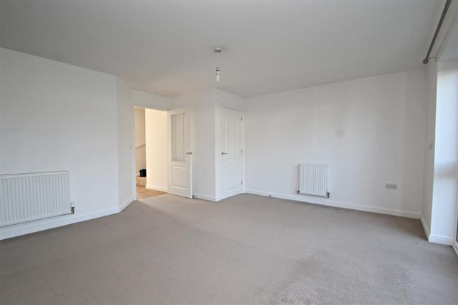 Lounge (1) (1) of Farah Close, Bognor Regis PO21