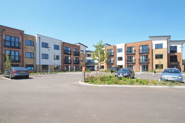 1 bed flat to rent in Nonsuch Abbeyfield, Old Schools Lane, Epsom, Surrey KT17