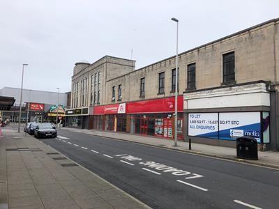 Thumbnail Retail premises to let in 4 Ñ 6, Albert Road, Blackpool, Lancashire