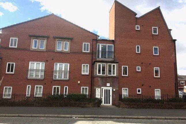 Thumbnail Flat to rent in Waverley Court, Waverley Street, Oldham
