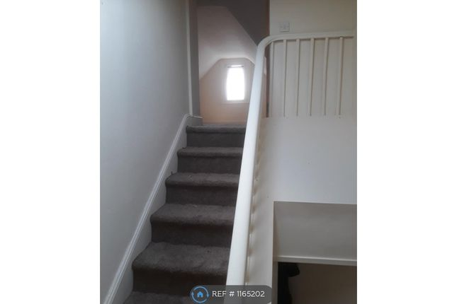 Thumbnail Flat to rent in Woodchurch Lane, Birkenhead